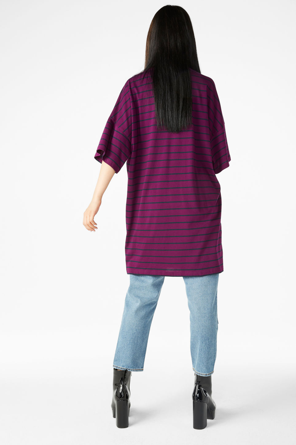 Model back image of Monki wide t-shirt dress in purple