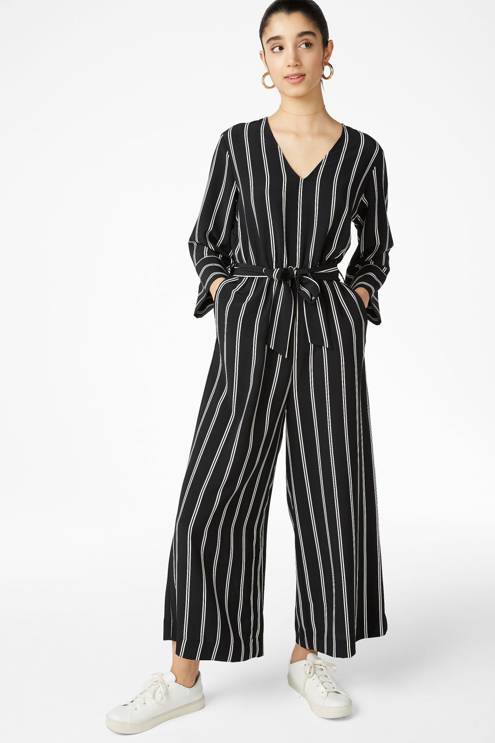 aec76253f1c V-necked jumpsuit - Striped to perfection - Jumpsuits - Monki