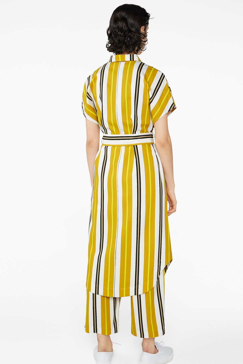 Model back image of Monki belted hidden button shirt dress in yellow