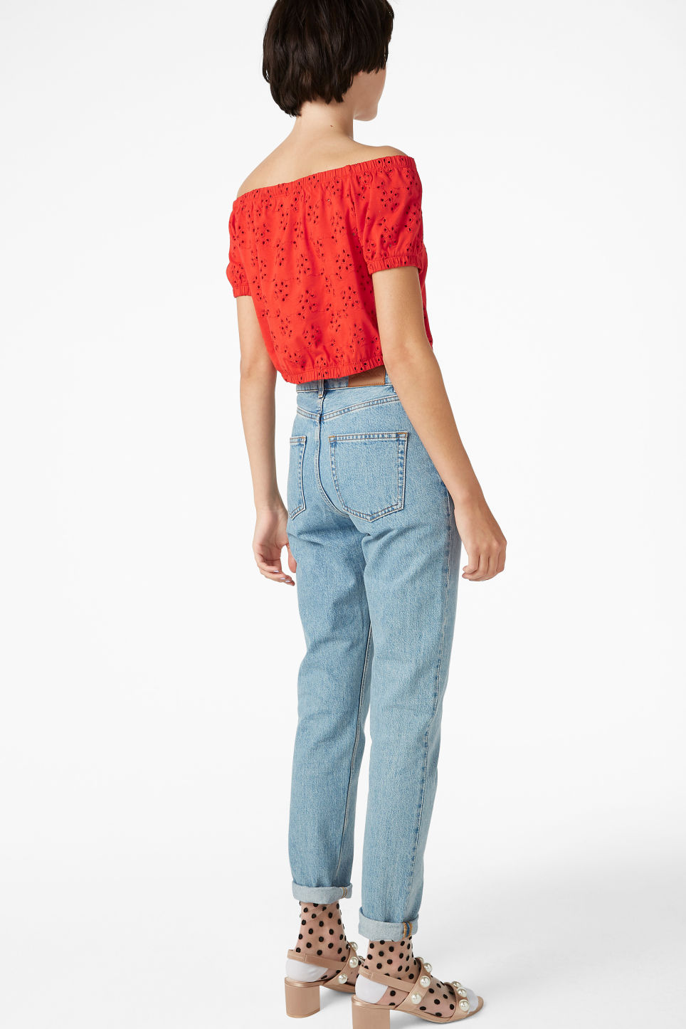 Model back image of Monki cold shoulder top in red