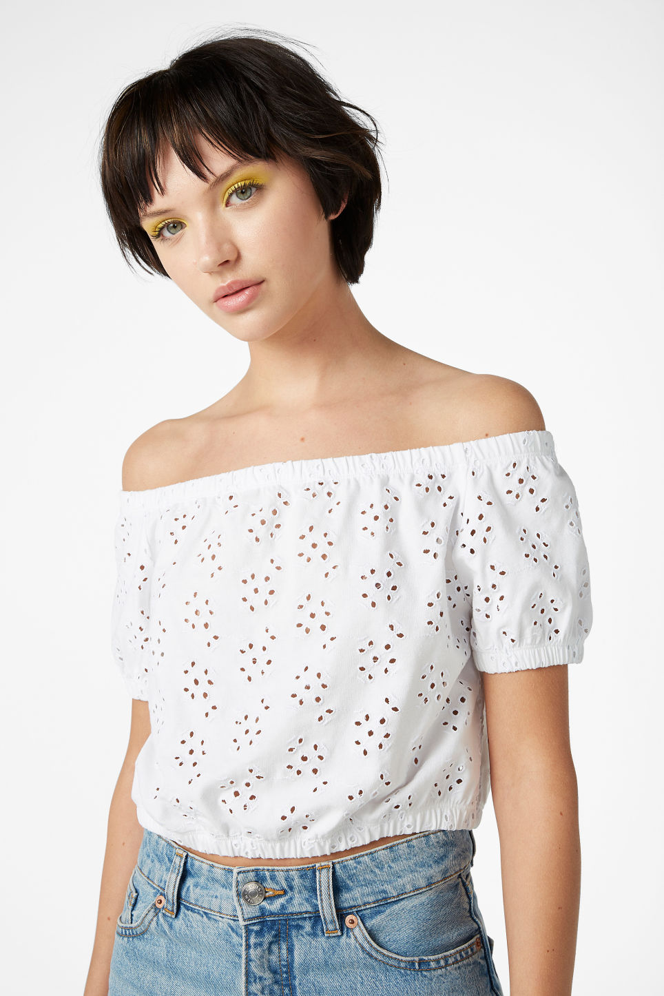 Model front image of Monki cold shoulder top in white