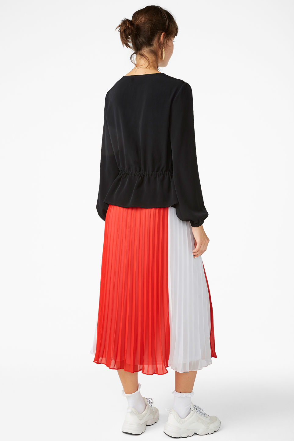 Model back image of Monki drawstring wrap -blouse  in black