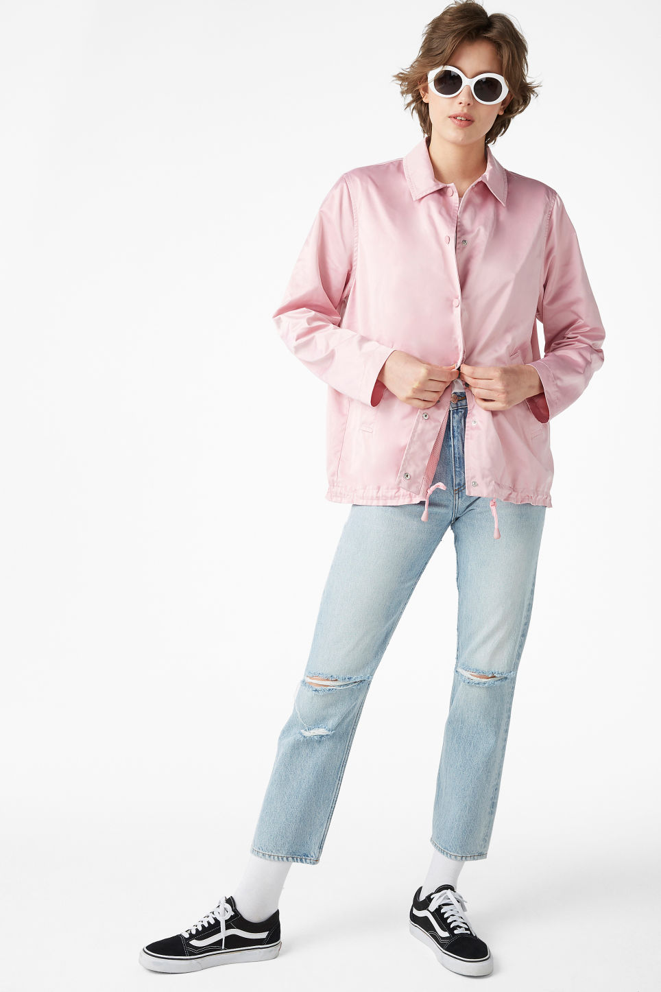 Model front image of Monki 80s dream jacket in pink