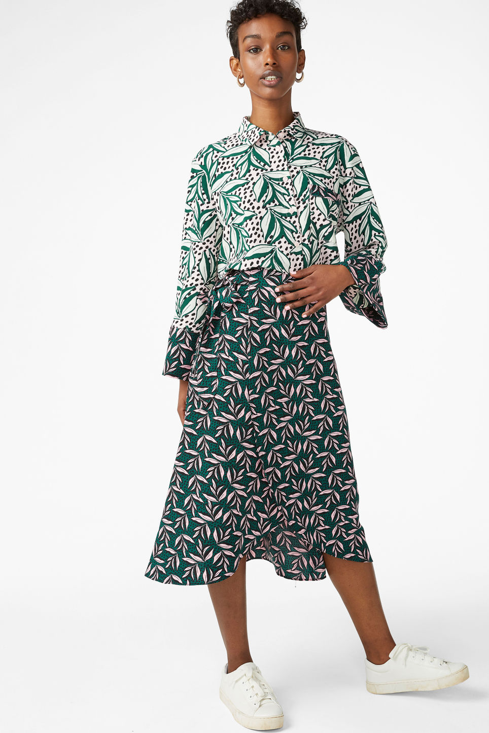Model front image of Monki wrap front skirt in green