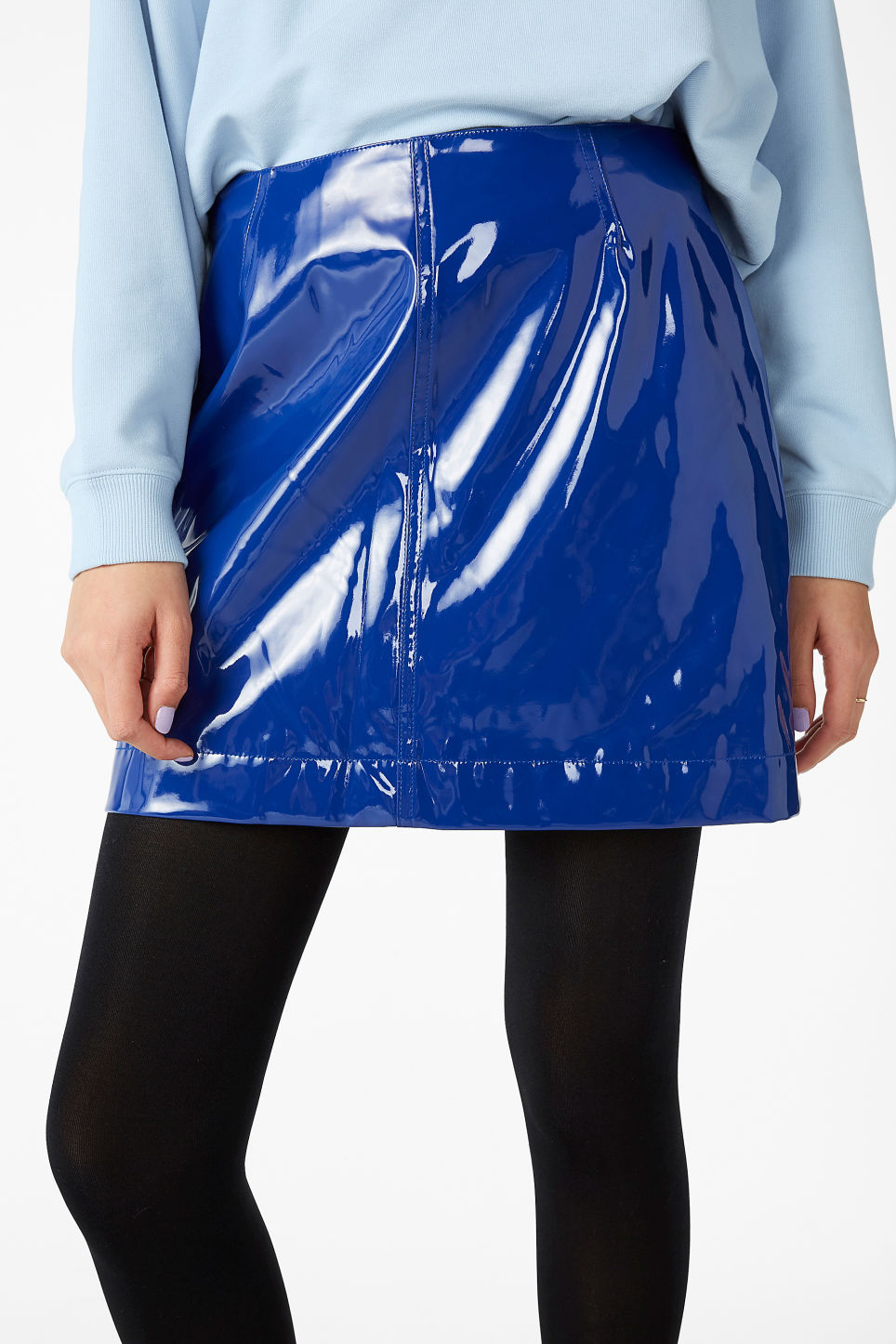 Model front image of Monki pleather skirt in blue
