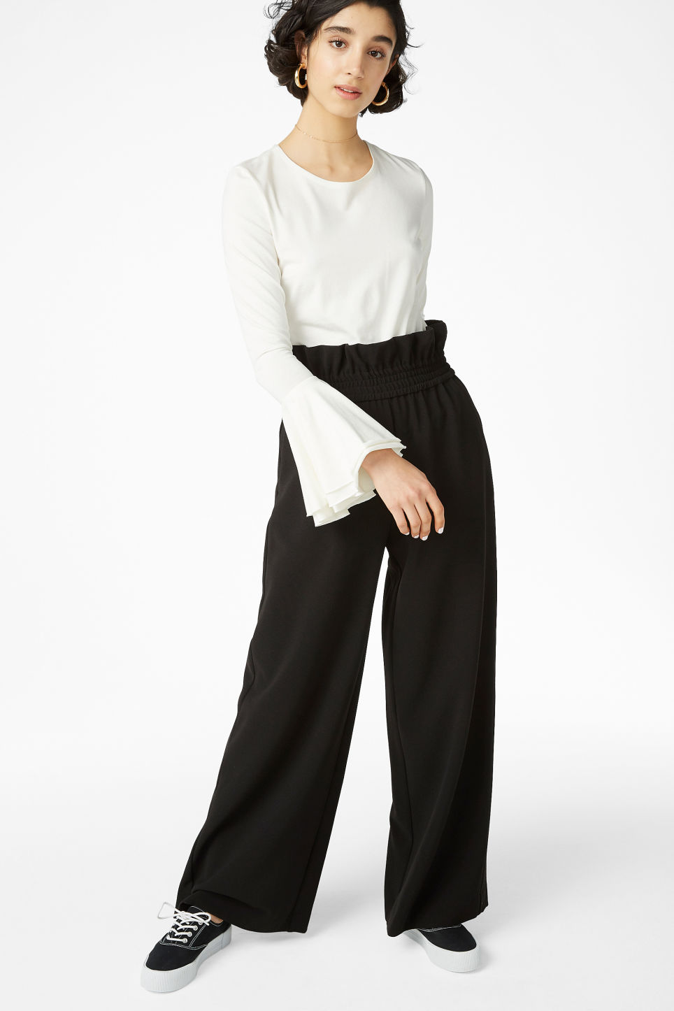 Model front image of Monki wide trousers in black