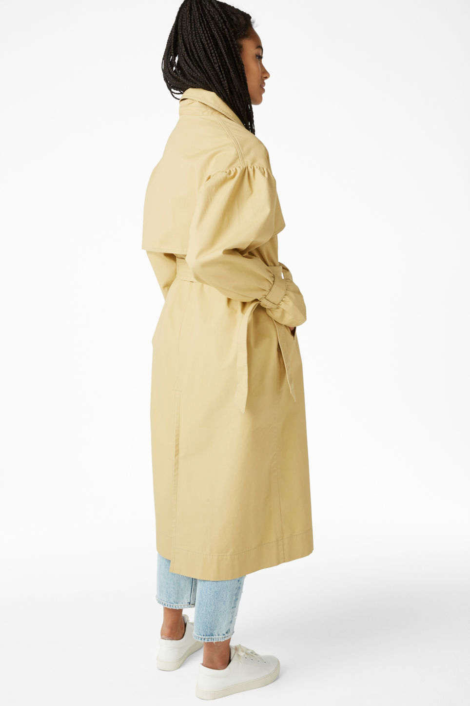 Model back image of Monki classic trench coat in beige