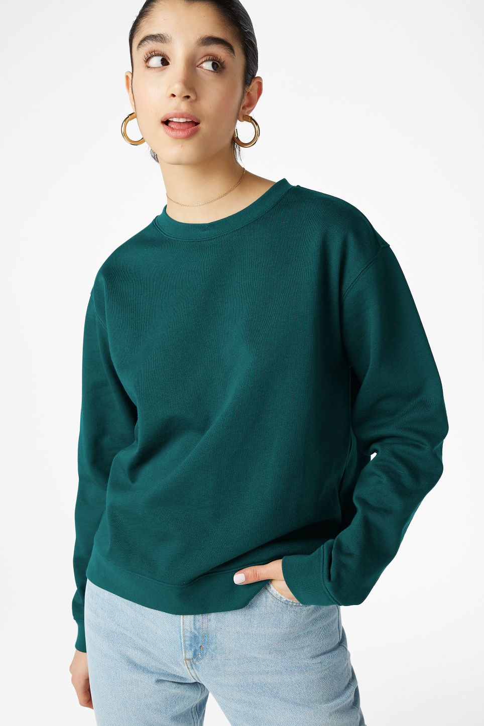 Model front image of Monki soft sweat in green