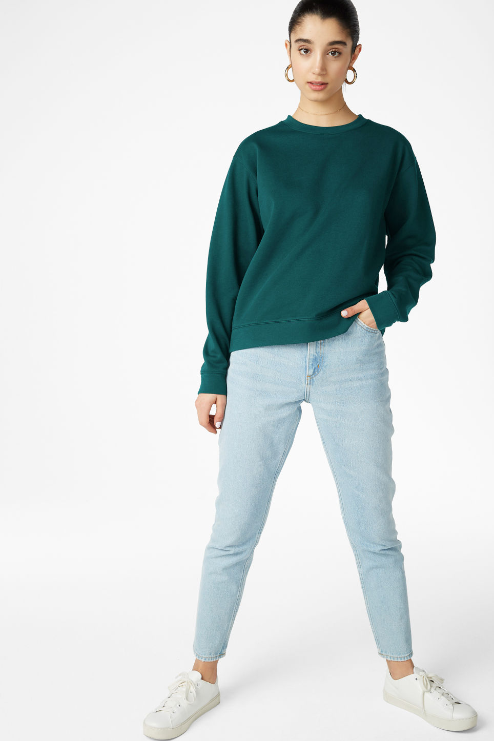 Model side image of Monki soft sweat in green