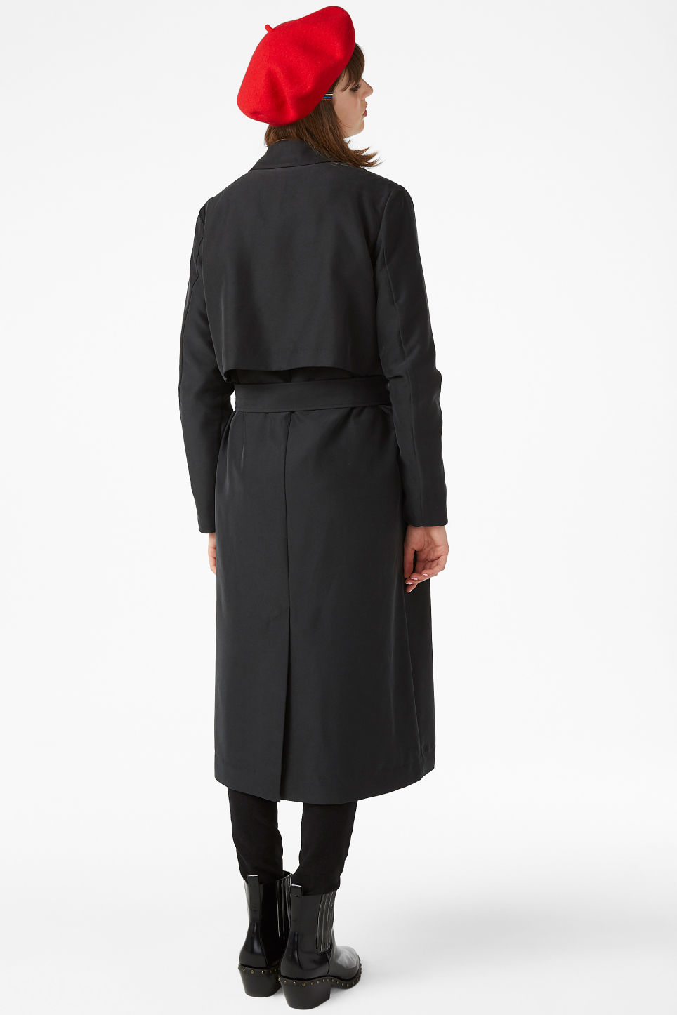 Model back image of Monki twill trench coat in black