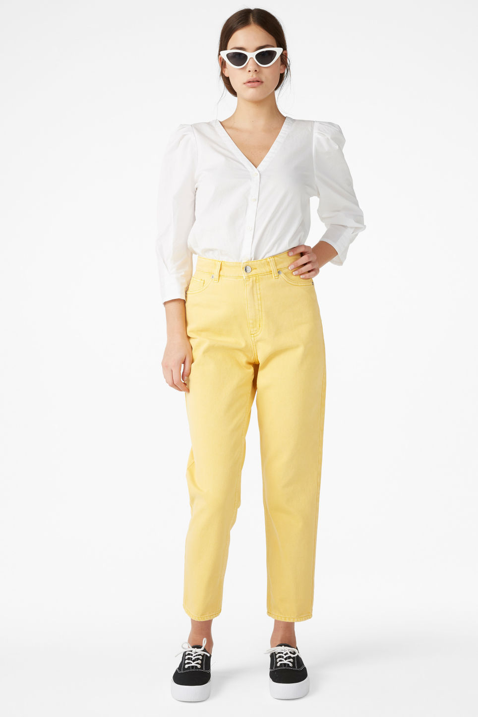 Model front image of Monki taiki jeans in yellow