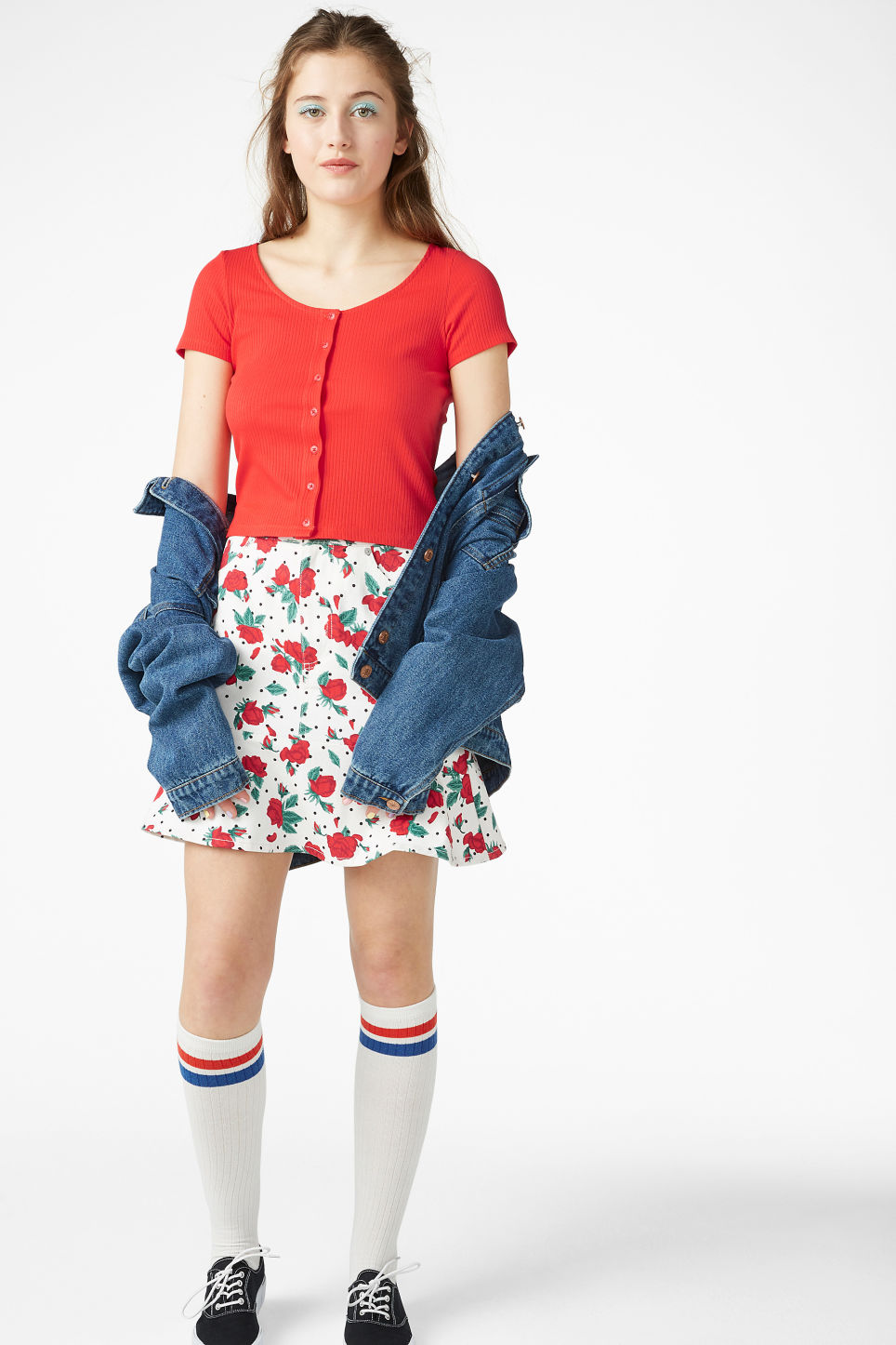 Model front image of Monki ribbed top in red