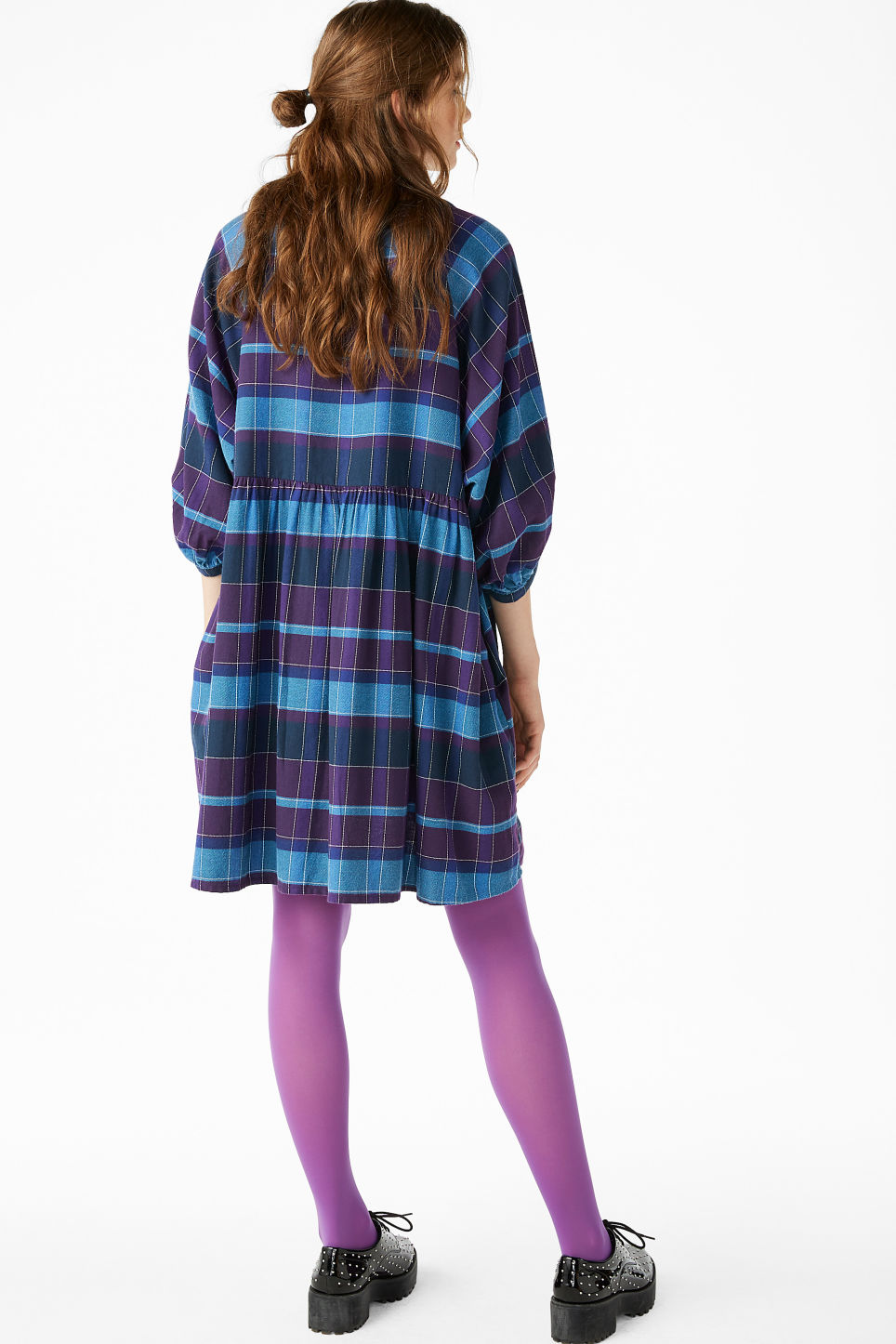 Model back image of Monki wide check dress in purple
