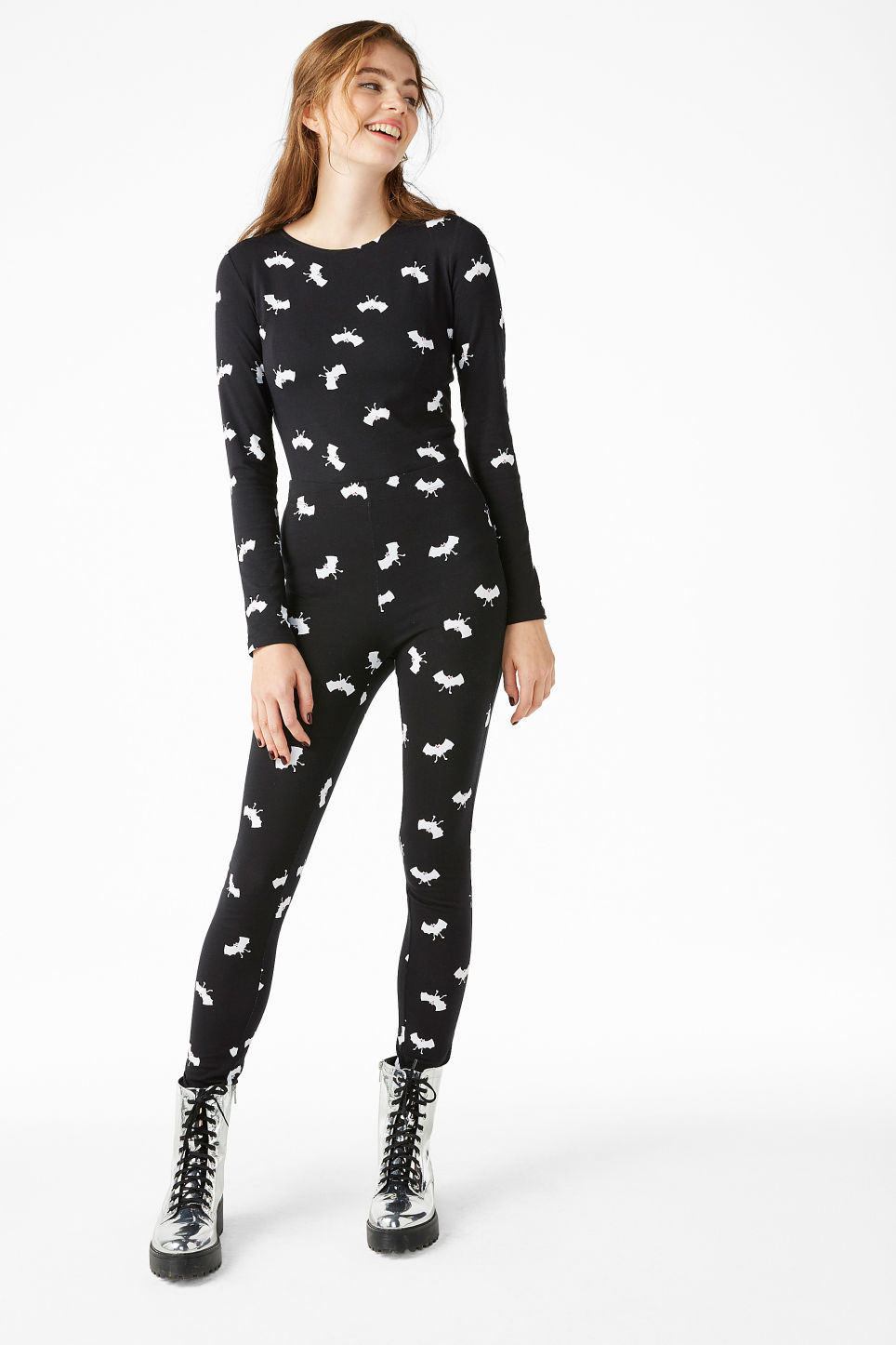 Model front image of Monki printed cotton body in black