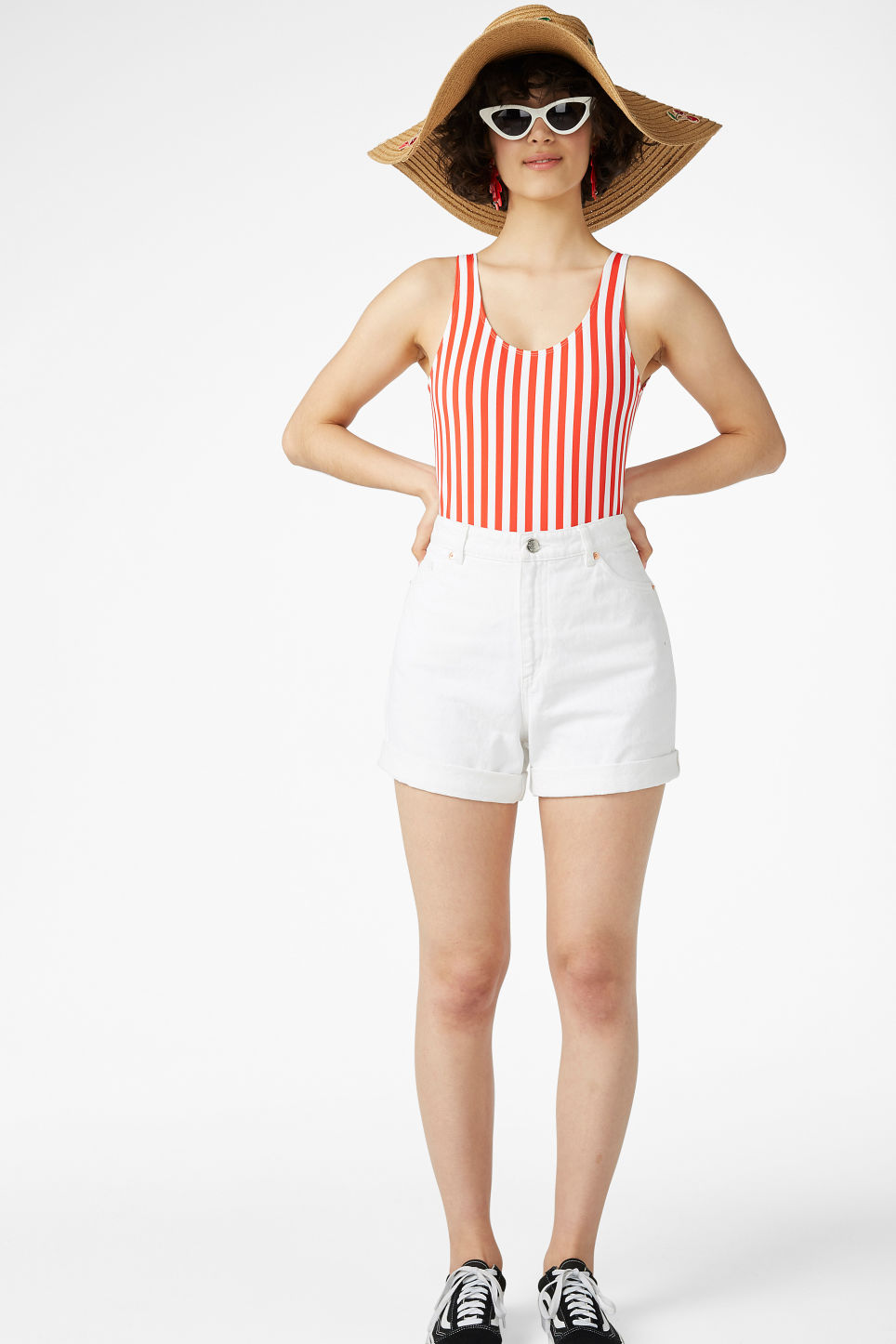Model front image of Monki denim shorts in white