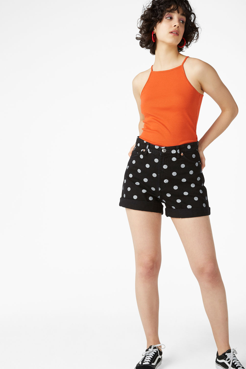 Model front image of Monki denim shorts in black