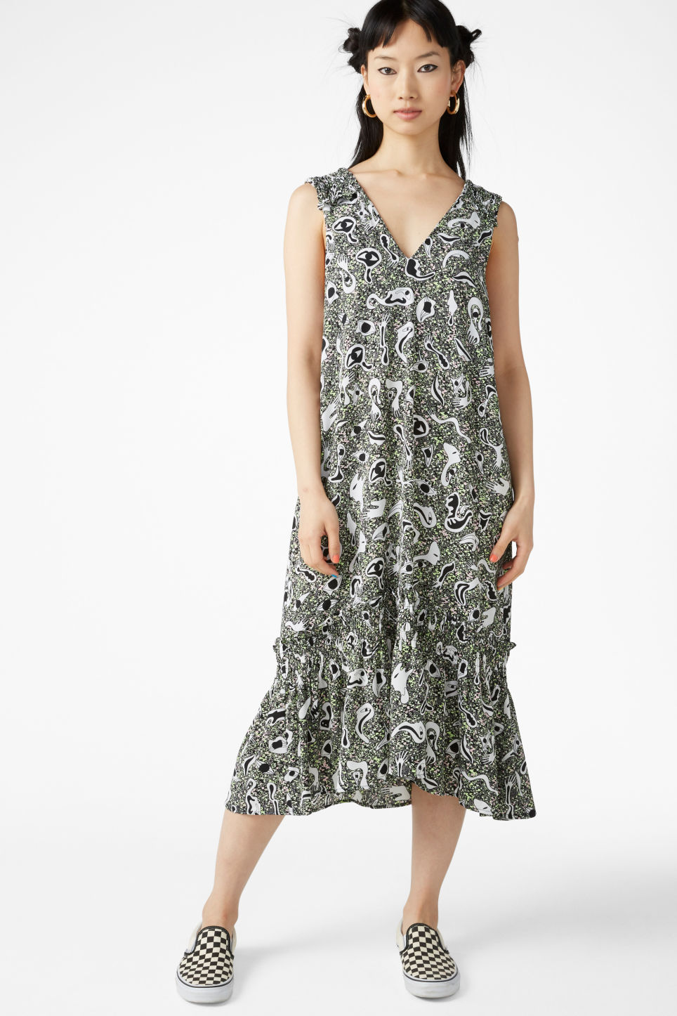 Model front image of Monki flowy dress in black
