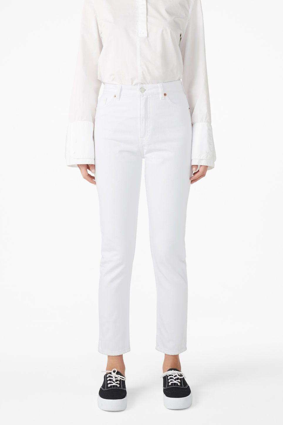 Model front image of Monki kimomo white jeans in white