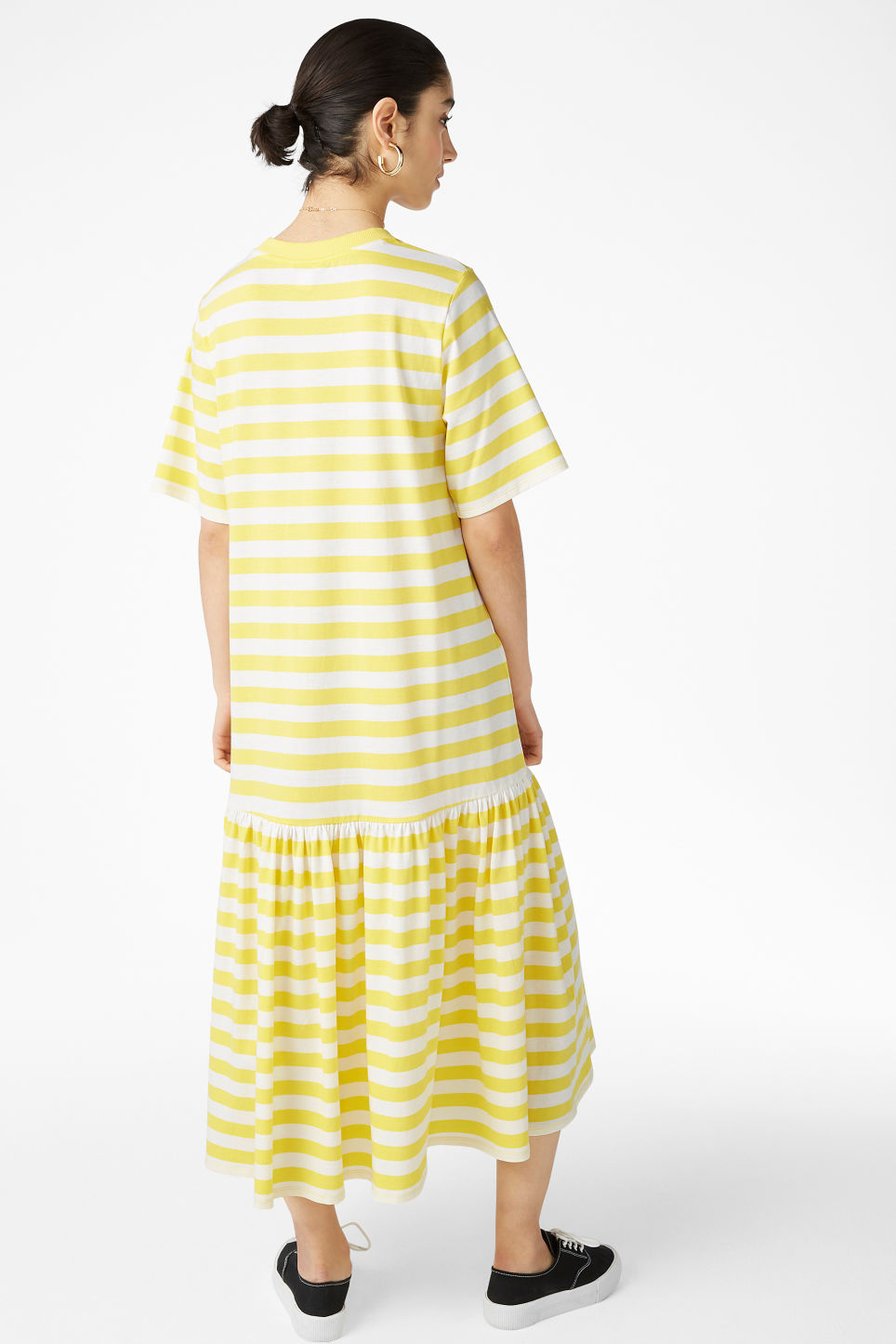 Model back image of Monki oversized dress in yellow