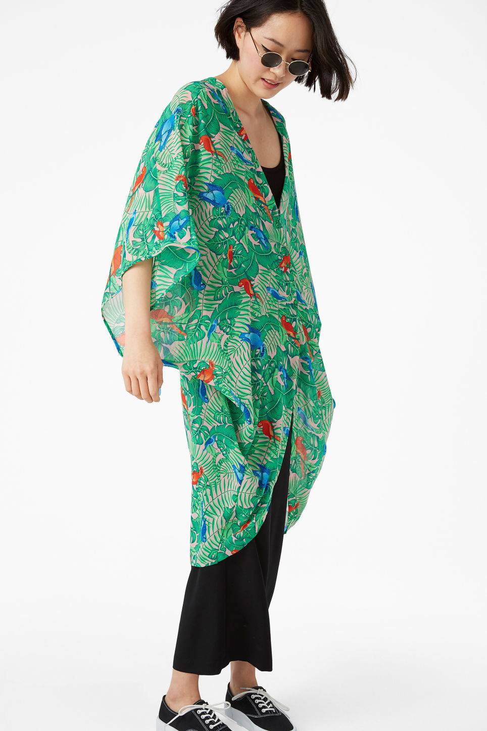 Model front image of Monki flowy kaftan in orange