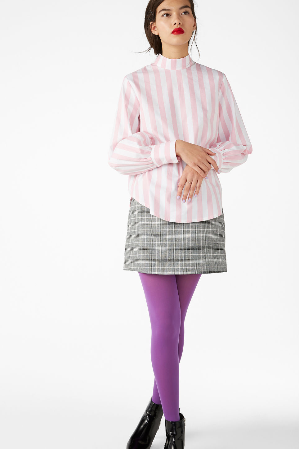 Model front image of Monki high-necked blouse in pink