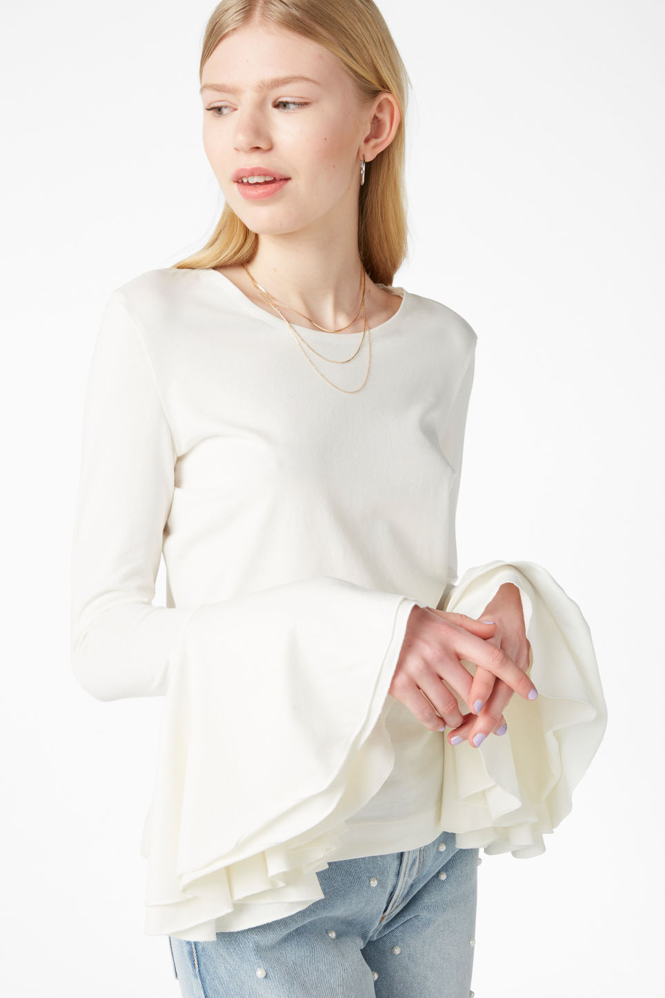 Model front image of Monki trumpet-sleeve top in white