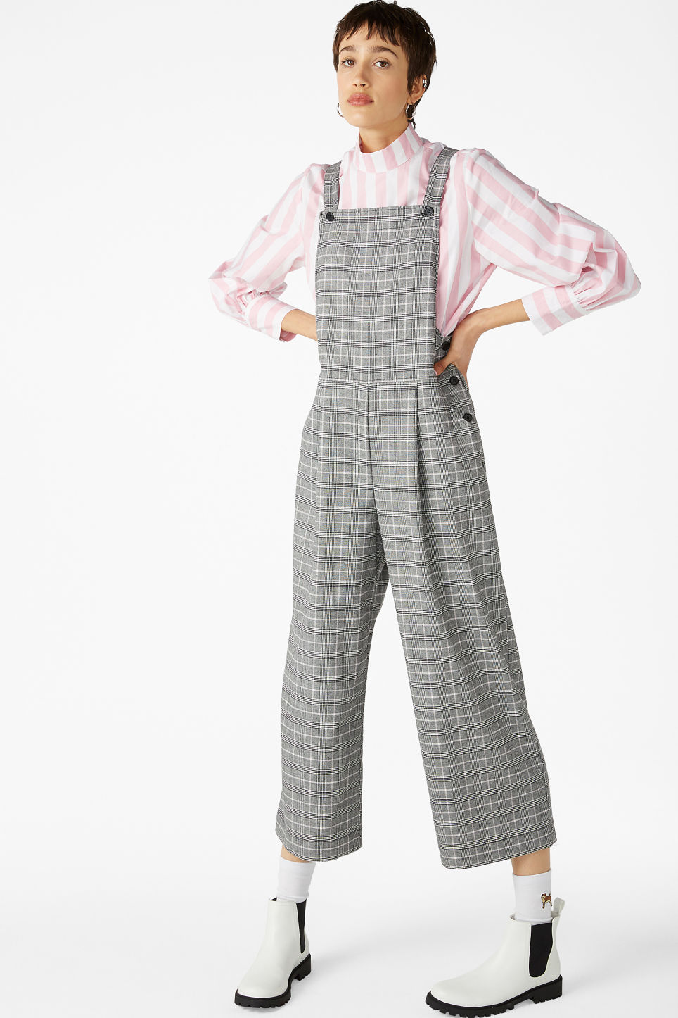 Model front image of Monki wide leg dungarees in pink