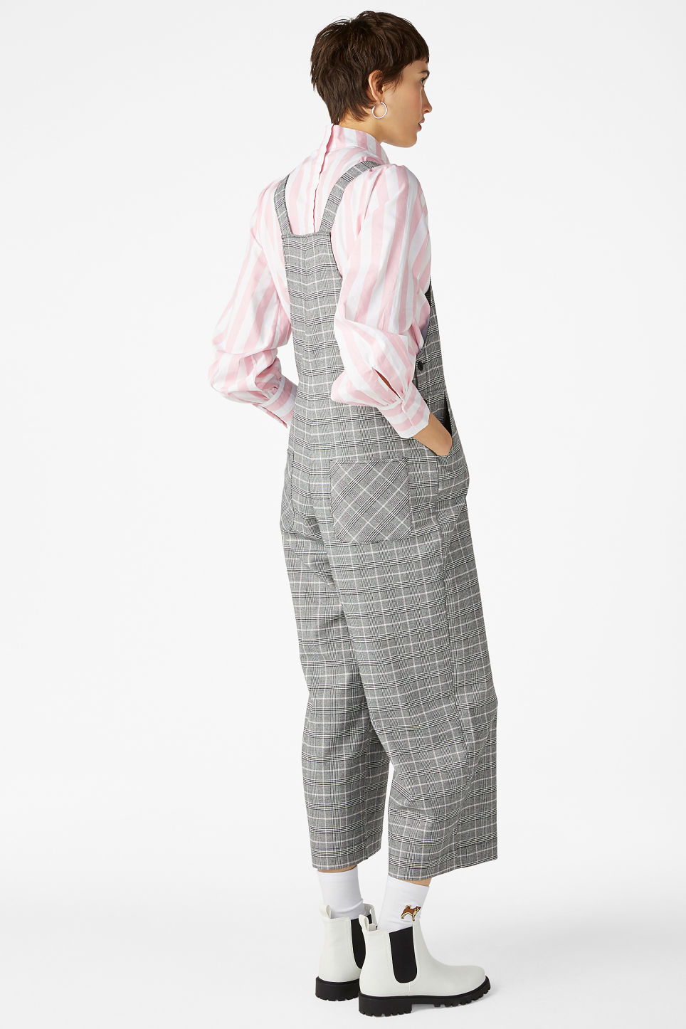 Model back image of Monki wide leg dungarees in pink