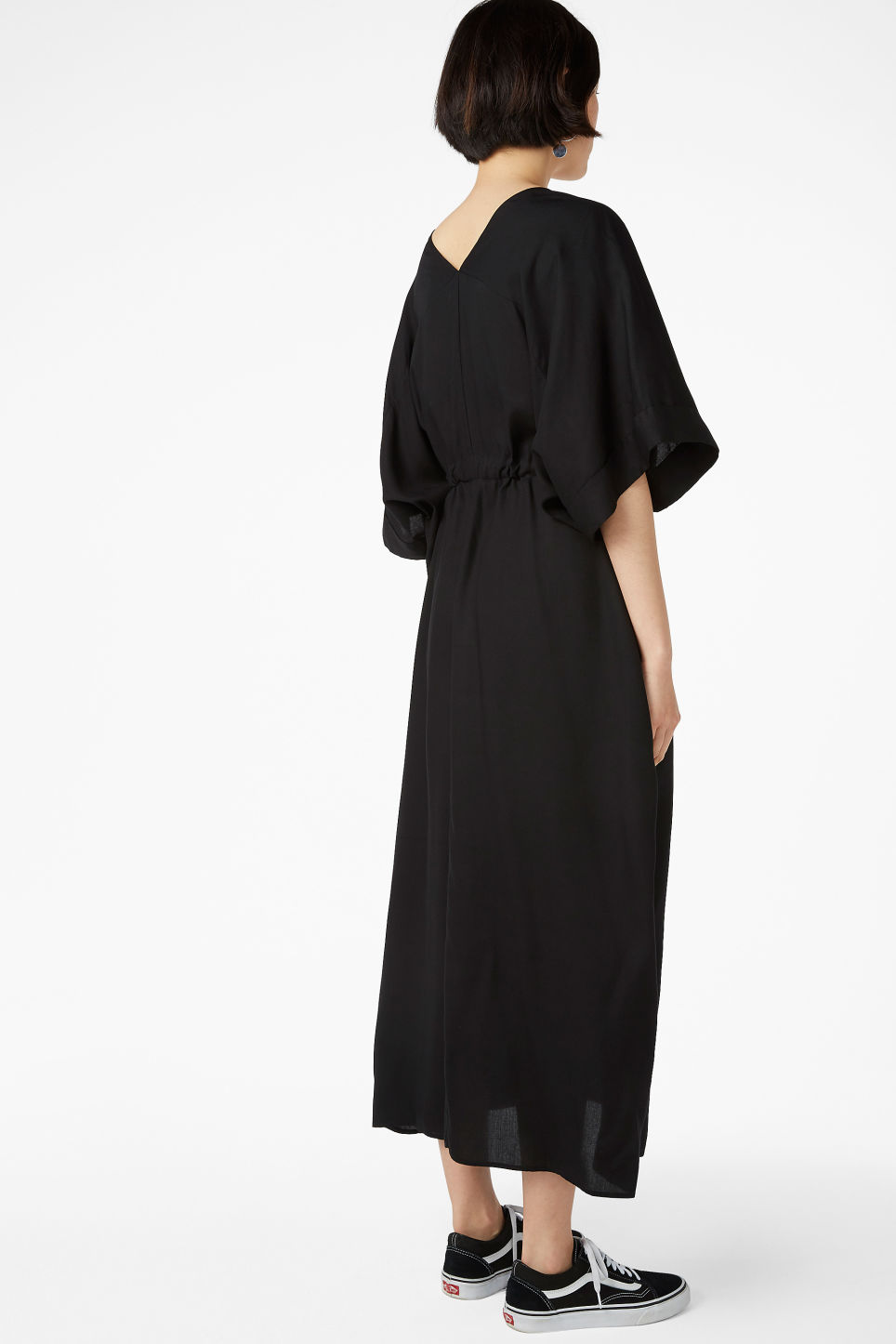 Model back image of Monki v-necked kaftan dress in black