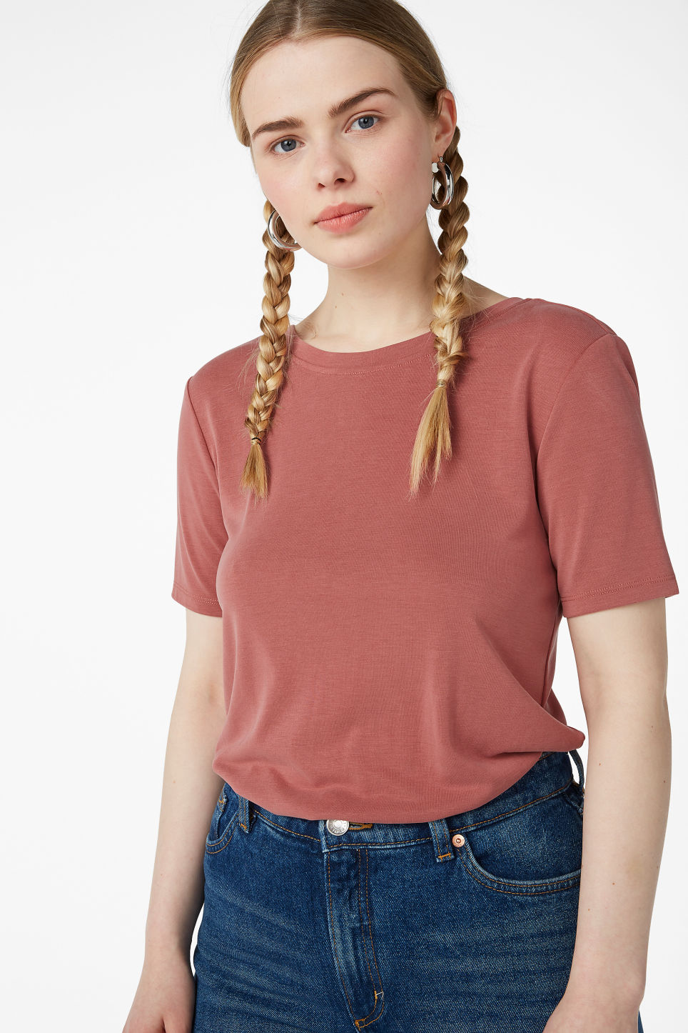Model front image of Monki super-soft deep back tee in orange