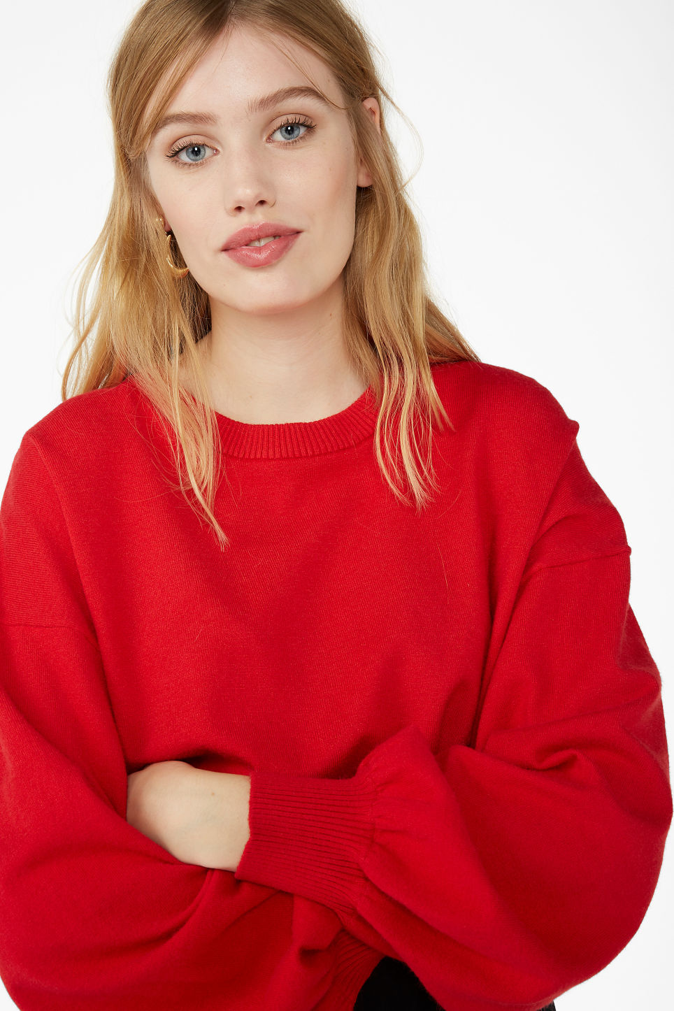 Model front image of Monki balloon sleeved sweater in red