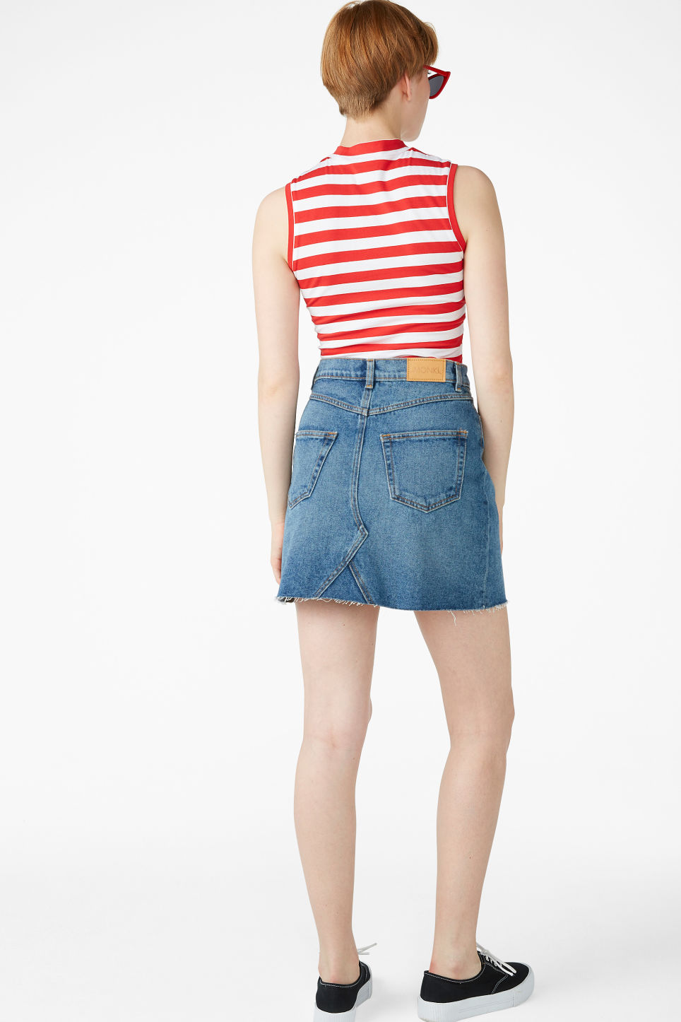 Model back image of Monki denim mini skirt  in blue