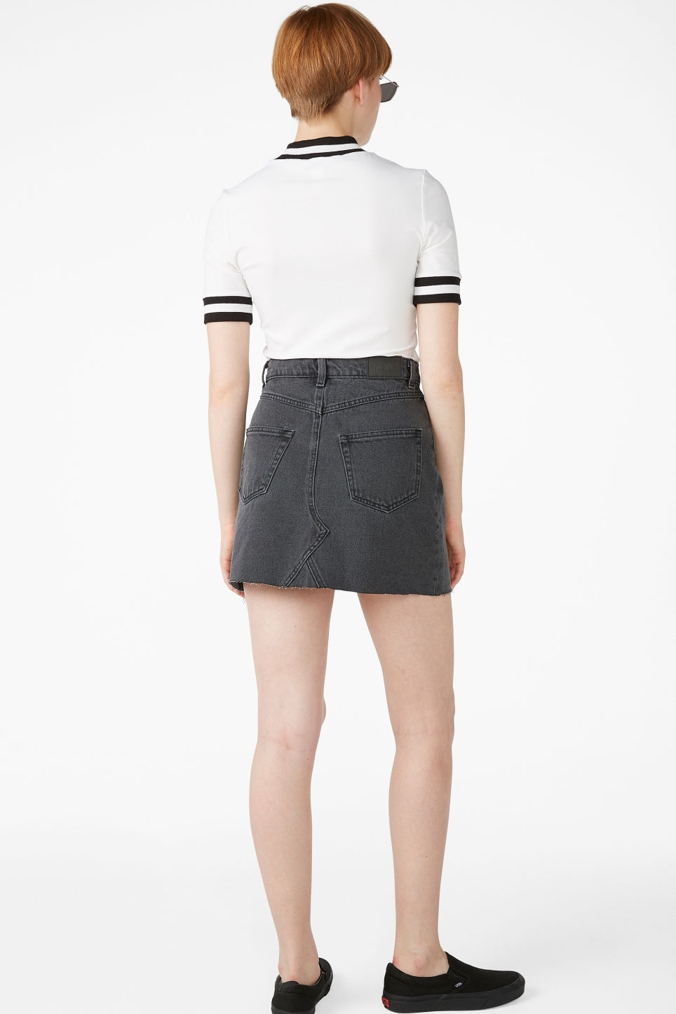 Model back image of Monki denim mini skirt  in black
