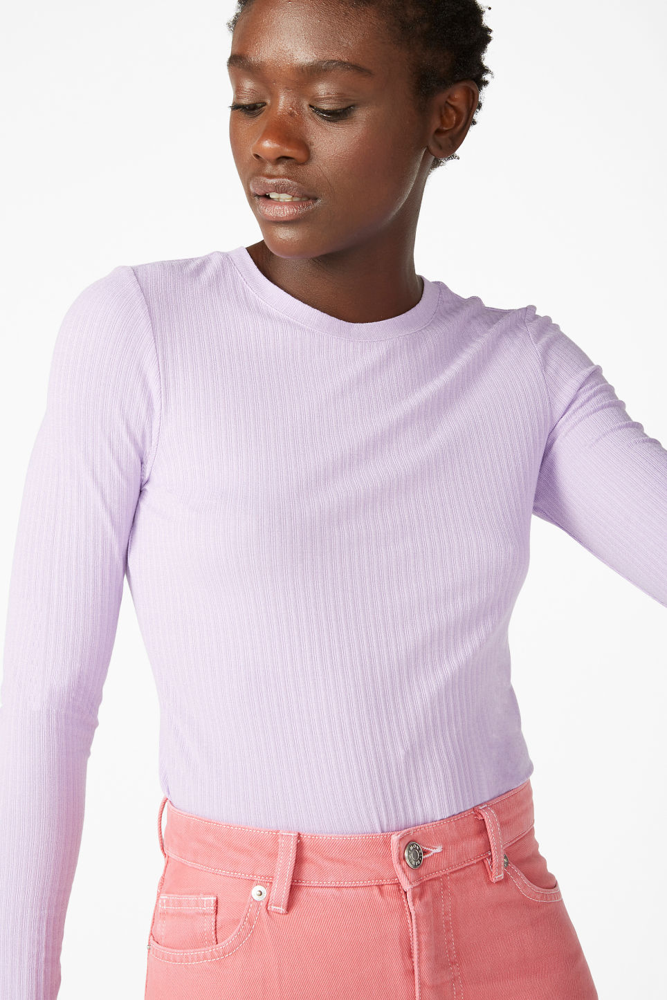Model front image of Monki long-sleeved ribbed top in purple