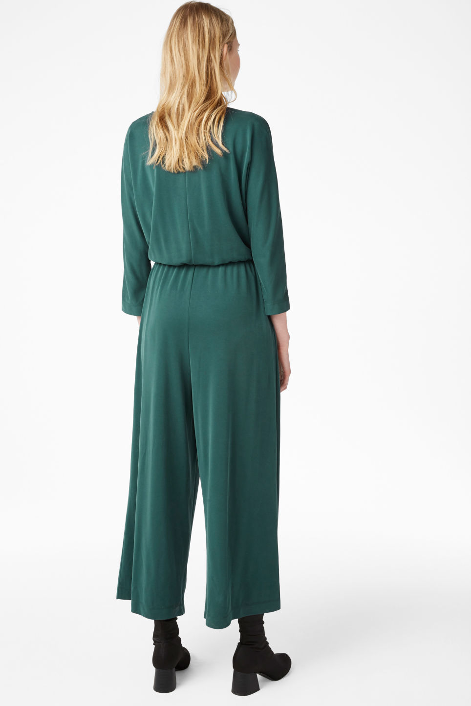 Model back image of Monki super-soft wrap jumpsuit in green