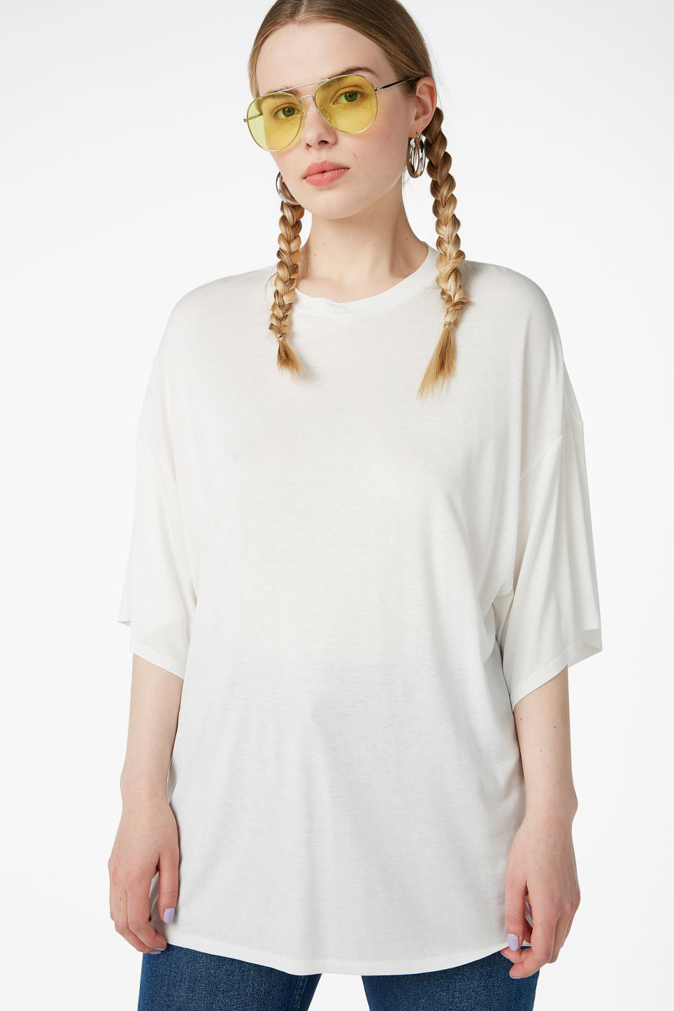 Model front image of Monki oversized tee in white