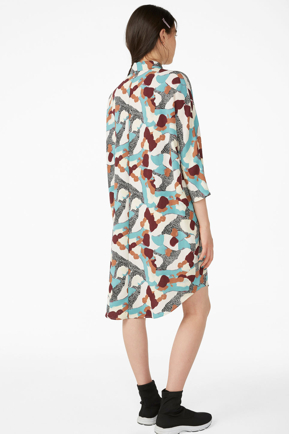 Model back image of Monki shirt dress in turquoise