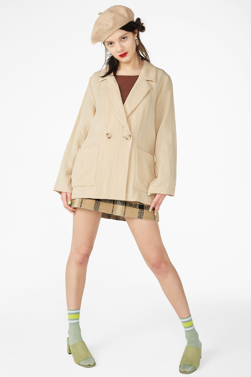 Model front image of Monki double-breasted blazer in beige