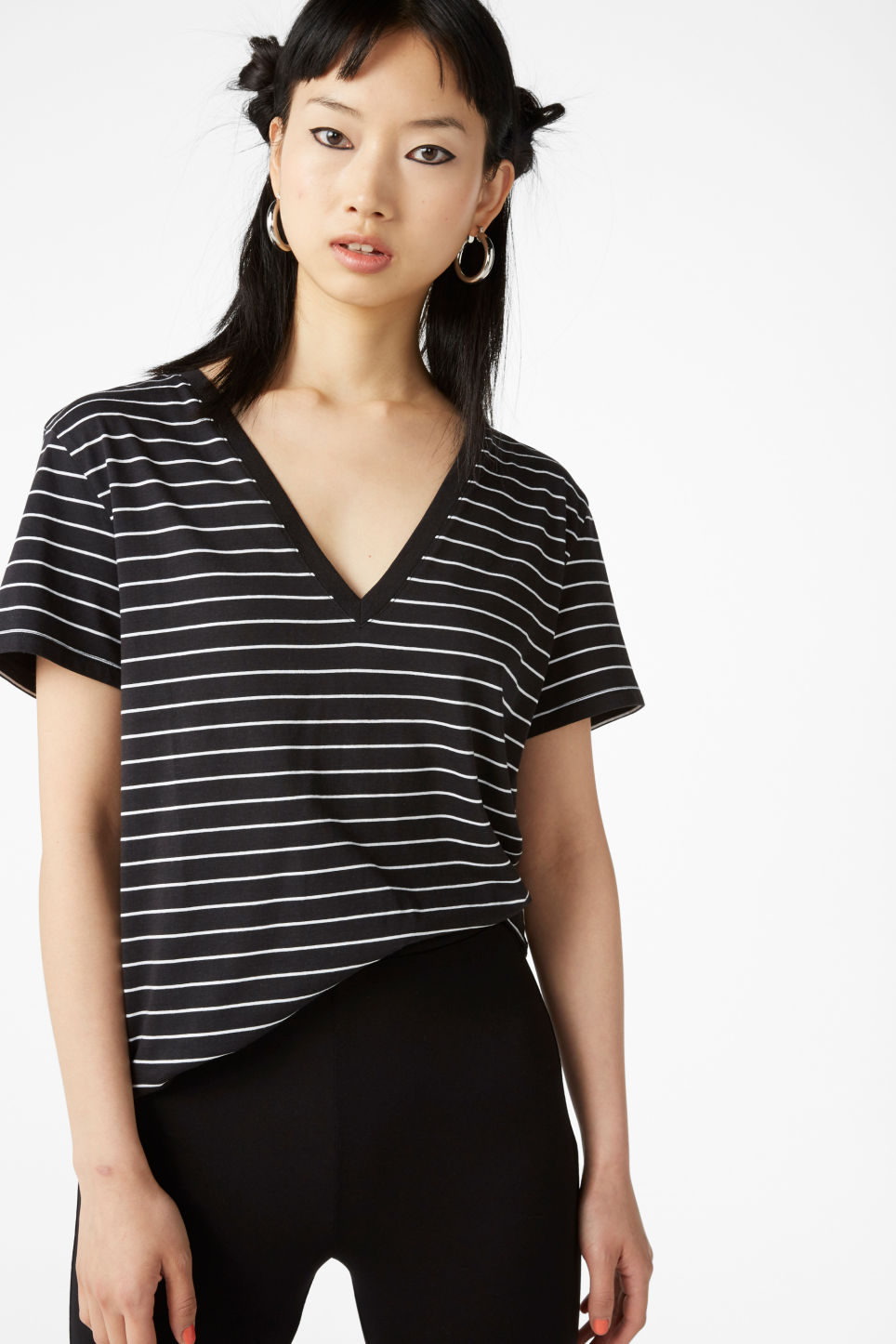 Model front image of Monki v-neck tee in black