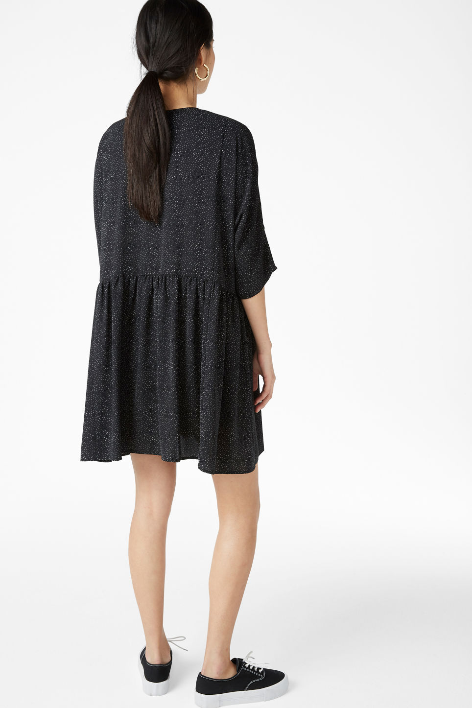 Model back image of Monki ruffled dress in black