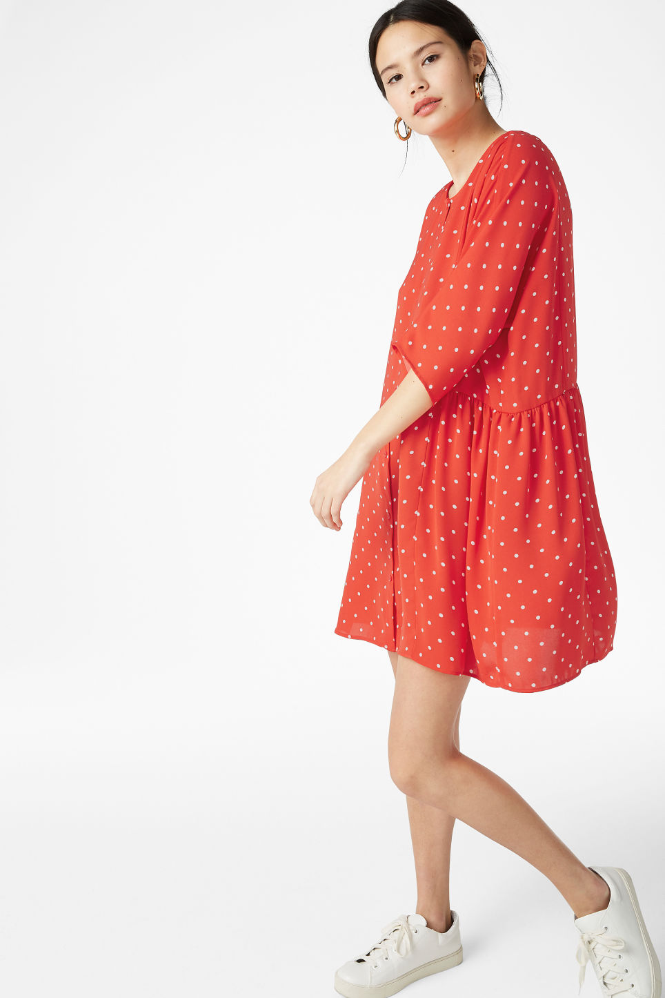 Model front image of Monki ruffled dress in red