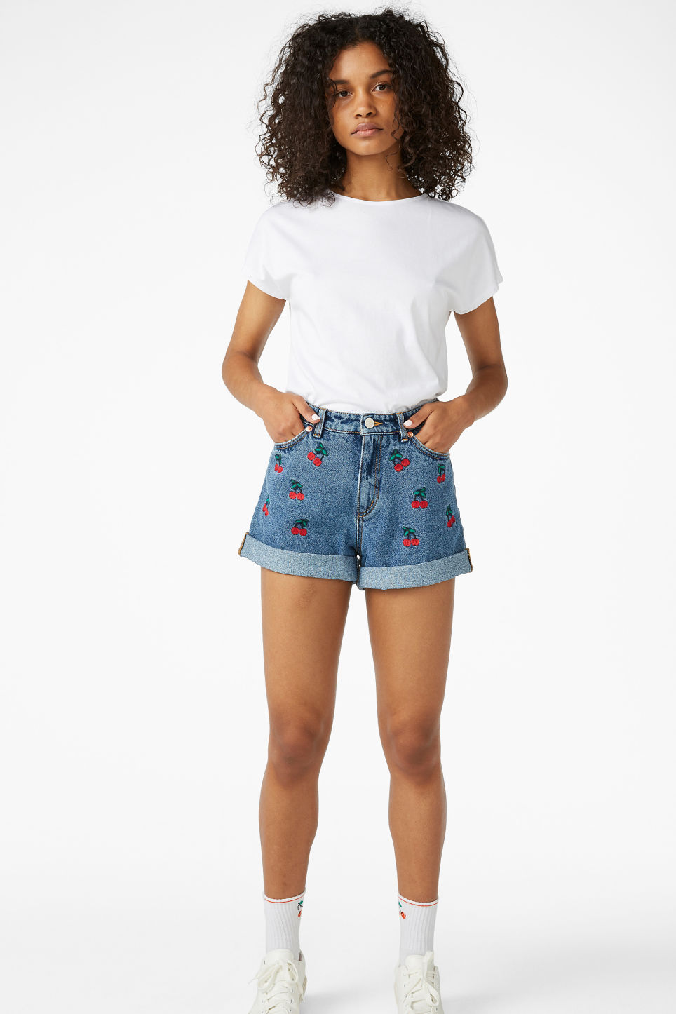 Model front image of Monki cropped top in white