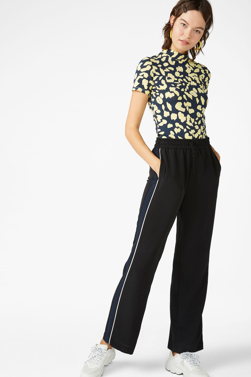 Model front image of Monki short-sleeved turtleneck in blue