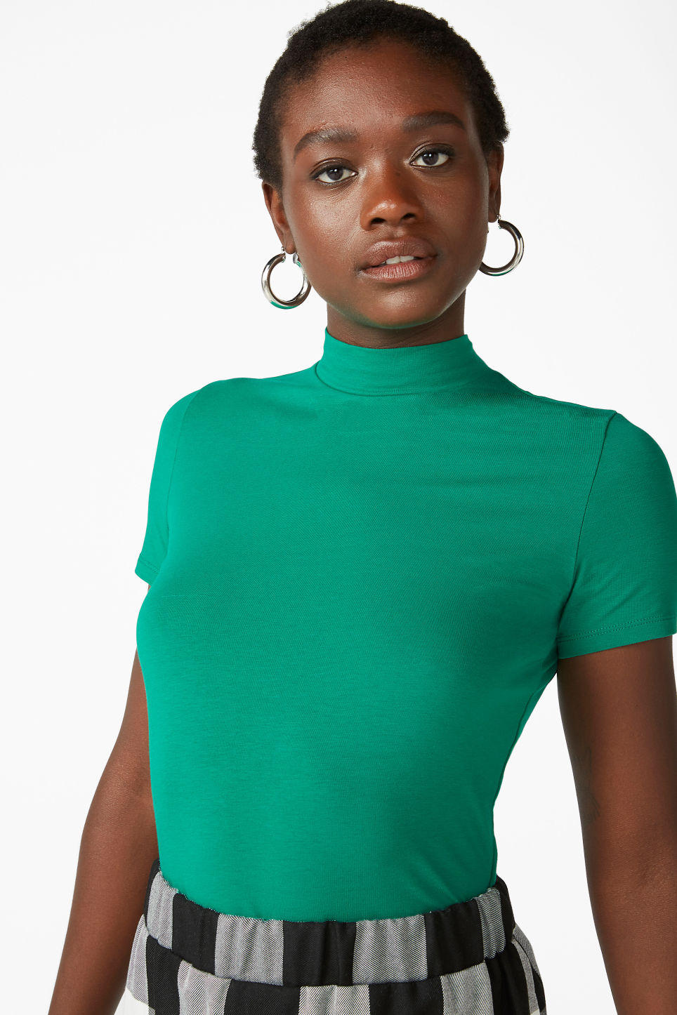 Model front image of Monki short-sleeved turtleneck in green