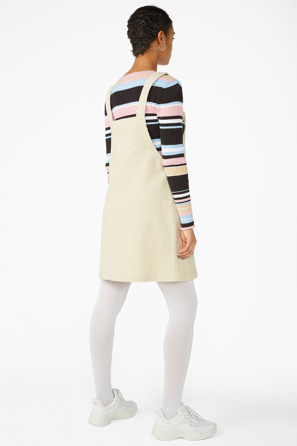 Model back image of Monki dungaree dress in beige