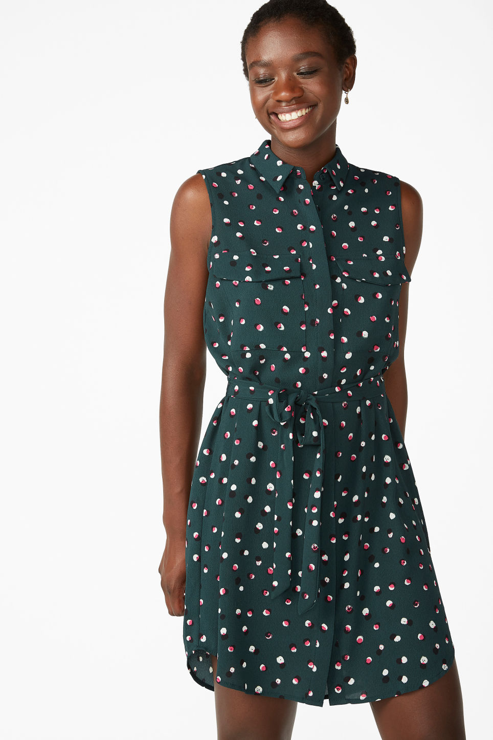 Model front image of Monki sleeveless shirtdress  in green