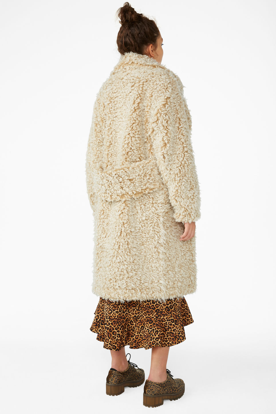 Model back image of Monki faux shearling coat in beige