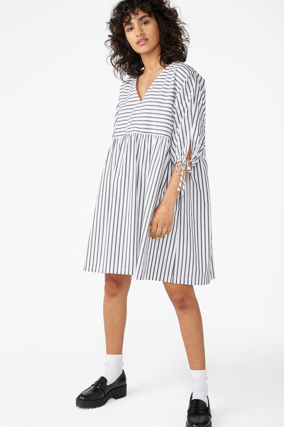 Model front image of Monki tunic dress in black