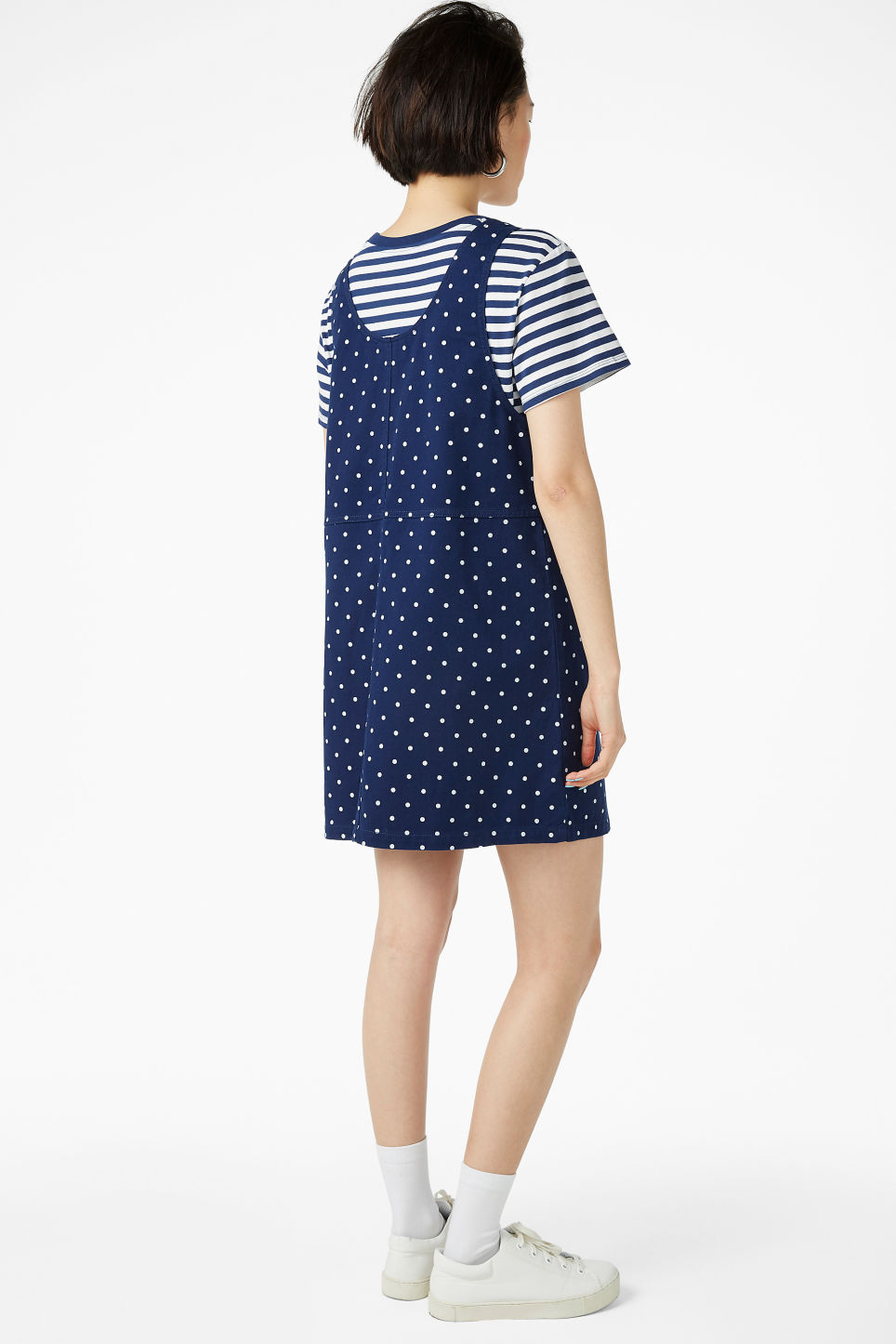 Model back image of Monki denim pinafore dress  in blue