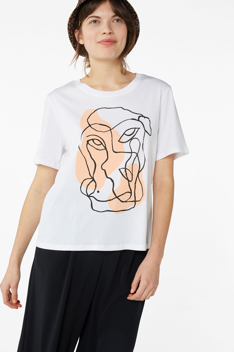 Model front image of Monki soft cotton tee in white